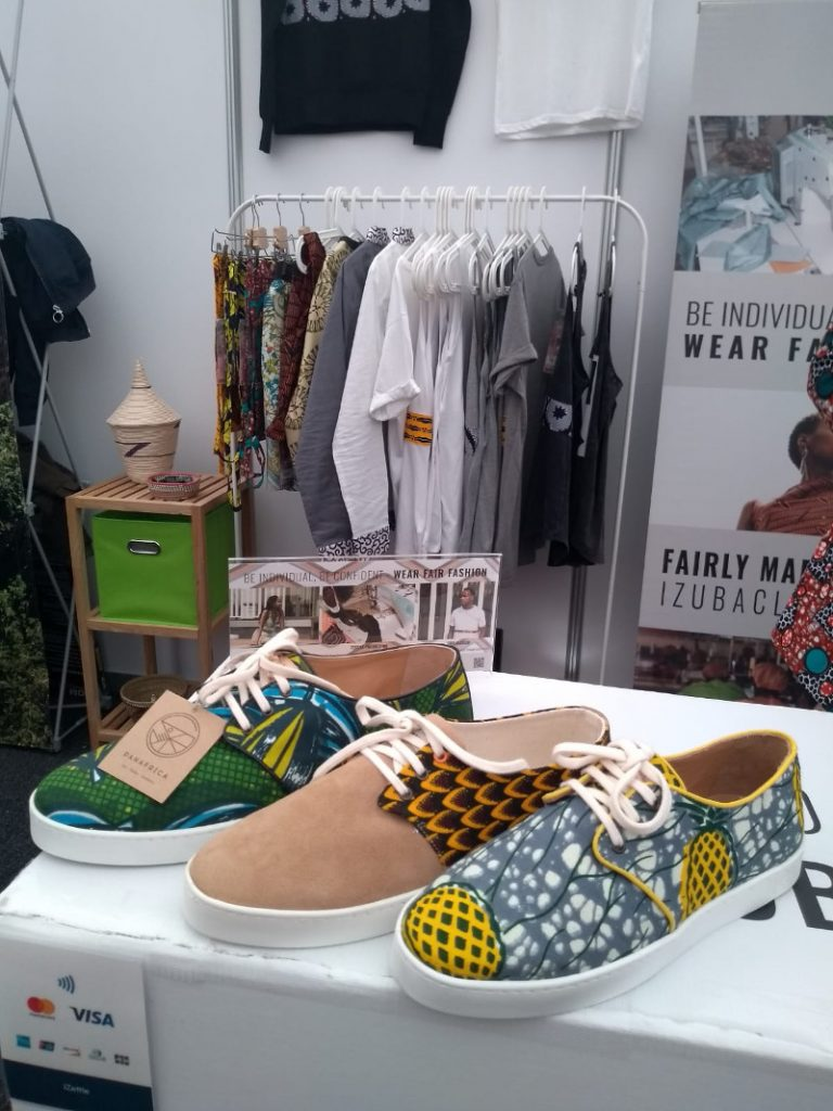 Faire Schuhe von IZUBA Clothing